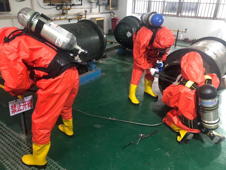 加强应急演练 提高应急能力  ——如皋市水务集团开展氯气泄漏处置演练